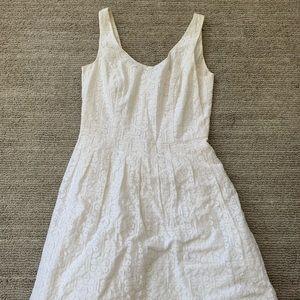 Lilly Pulitzer white lace dress size 6